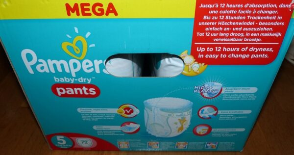 couches Baby Dry Panty de Pampers