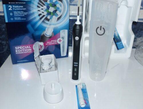 La Brosse à Dents Electrique Rechargeable Pack Bonus Oral B Pro 2500 Crossaction