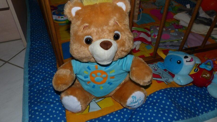 ourson intelligent My Friend Freddy