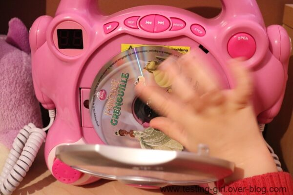Auna Pocket Rocker: Lecteur CD karaoké enfant avec 2 micros et sortie casque