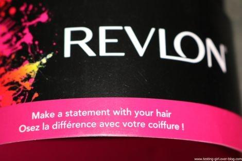 brosse à cheveux céramique antistatique sur coussin d'air de Revlon