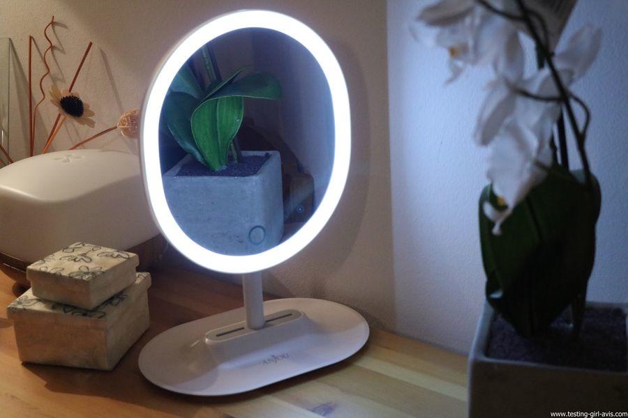 Anjou Miroir Maquillage Lumineux, Lumiere à LED à Reglage Tactile
