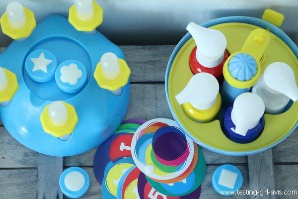 Apprendre le mélange des couleurs primaires - Atelier Mini Art Peinture - Buki