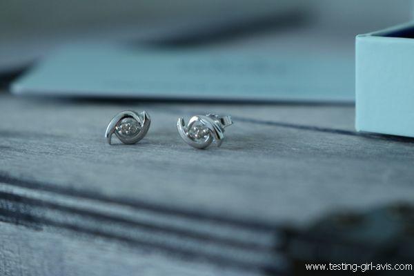 Boucles d'oreilles Miore : Or blanc 9 carats et 4 diamants