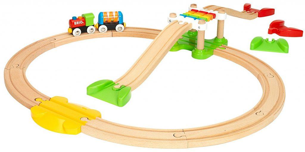 Idée cadeau bébé - 2 ans - Circuit de train