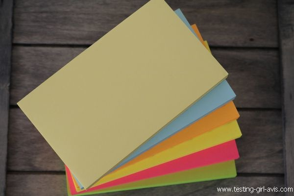 Bloc Post-It adhésives 6 couleurs AmazonBasics - Description