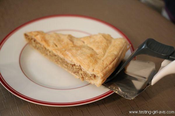 Pelle à tarte coupante Zyliss : service dans l'assiette