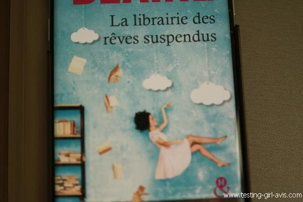 Couverture du livre La librairie des rêves suspendus - Emily Blaine