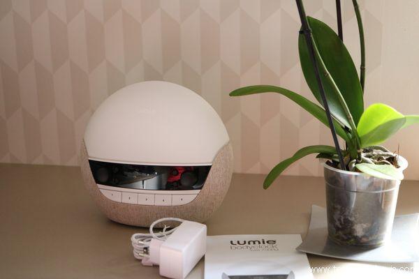 lumie bodyclock luxe 700 avis lampe de chevet