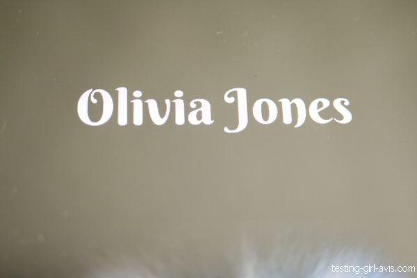 Olivia Jones - auteure autoeditée