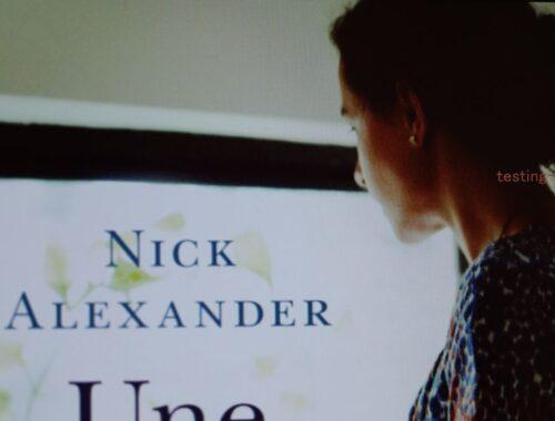 Une bouteille de larmes de Nick Alexander