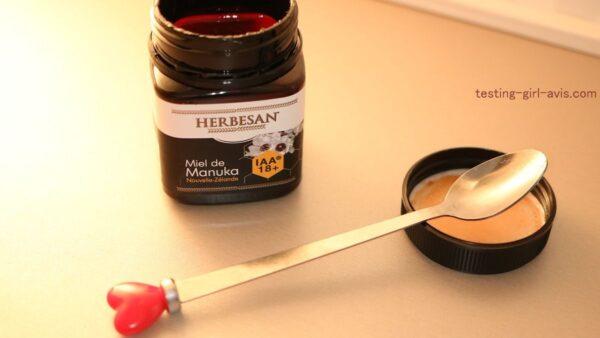 Le miel de Manuka IAA18+ de Herbesan