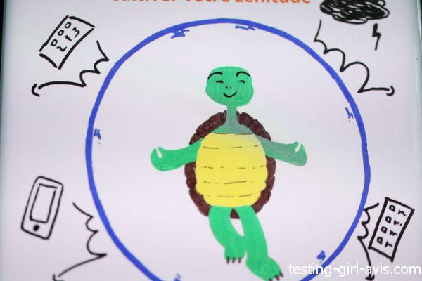 dessin de tortue dans une bulle déconnectée du monde extérieur