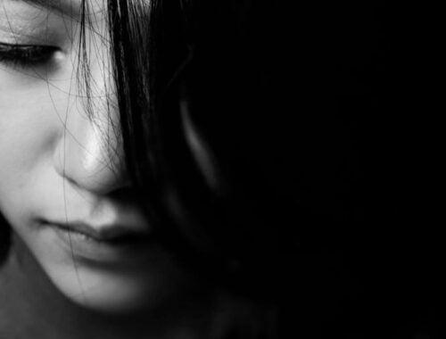 femme qui gère ses émotions